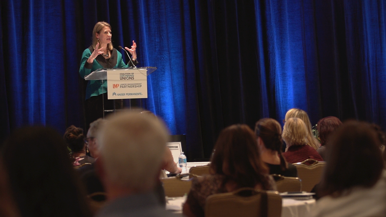 Picture of Liz Shuler speaking