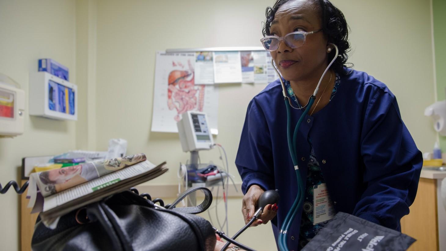 Falls Church Medical Center. Family Practice Clinical Assistant Davietta Carter-Hammond.