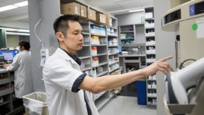 Jeffrey Ha, a pharmacy technician and member of UFCW Local 135
