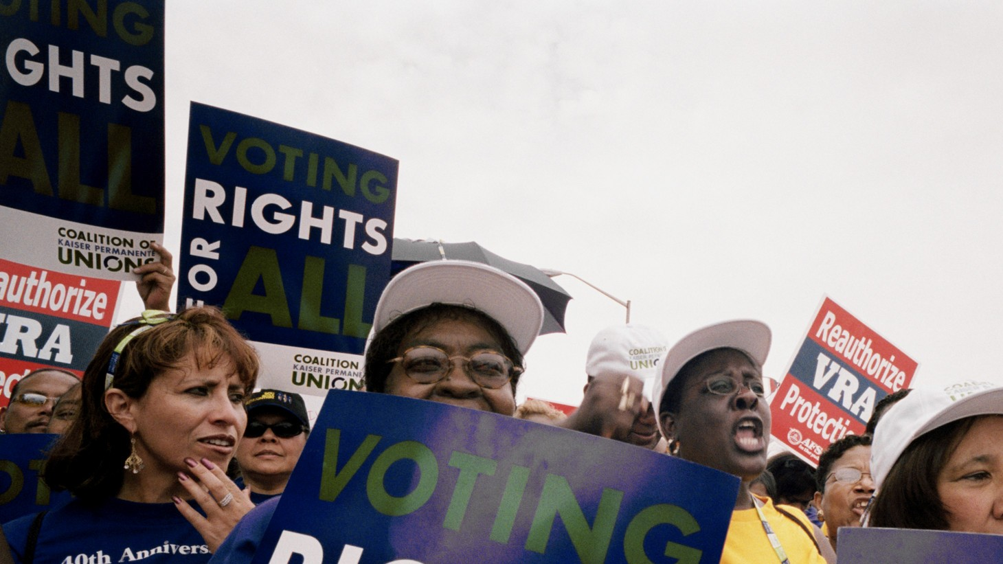 KP workers attend a voting rights rally during 2005 national agreement bargaining